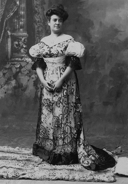 Fashion of The 1900s (11)
