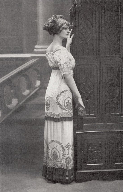 Fashion of The 1900s (17)