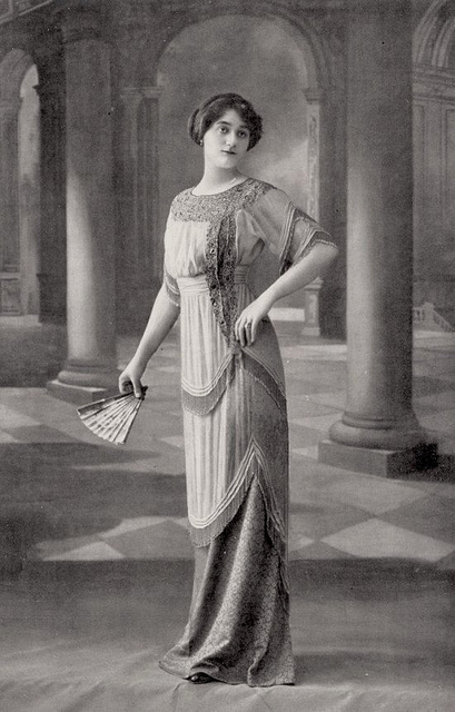 Fashion of The 1900s (4)