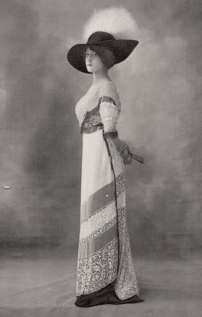 Fashion of The 1900s (6)
