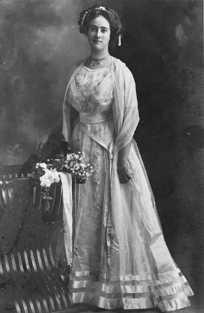 Fashion of The 1900s (8)