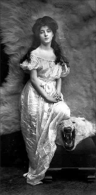 Fashion of The 1900s (9)