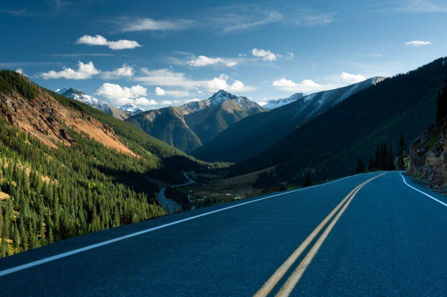 beautiful-roads-around-the-world-17