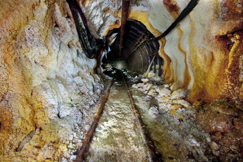 Photograph via wieliczka-saltmine.com/