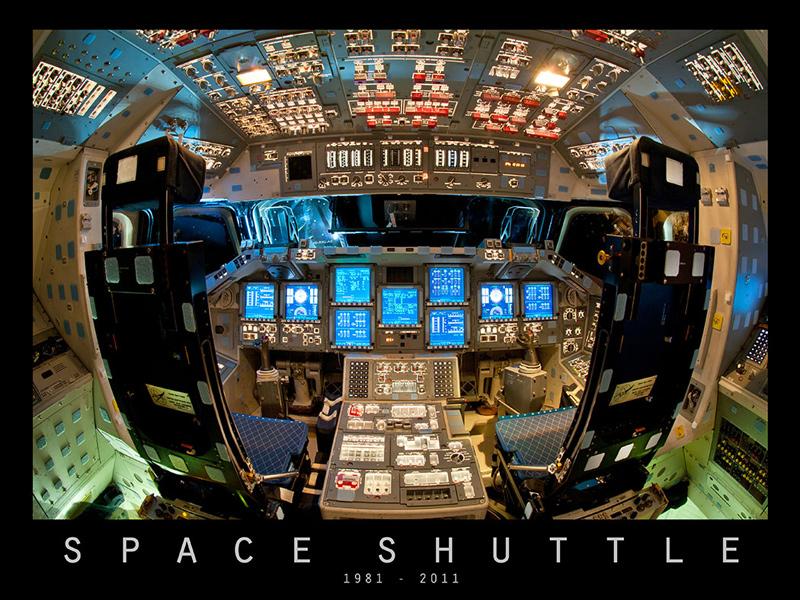 Endeavour_Flight_Deck_Commemorative