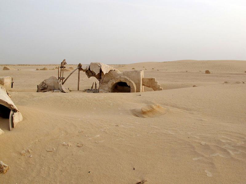 abandoned-star-wars-tatooine-movie-set-tunisia-desert-lars-homestead-5