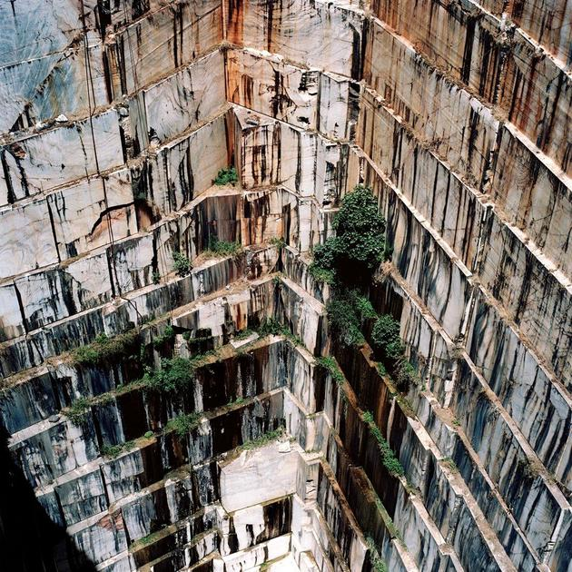 Open-pit marble mine in Portugal. Photo by Tito Mouraz.