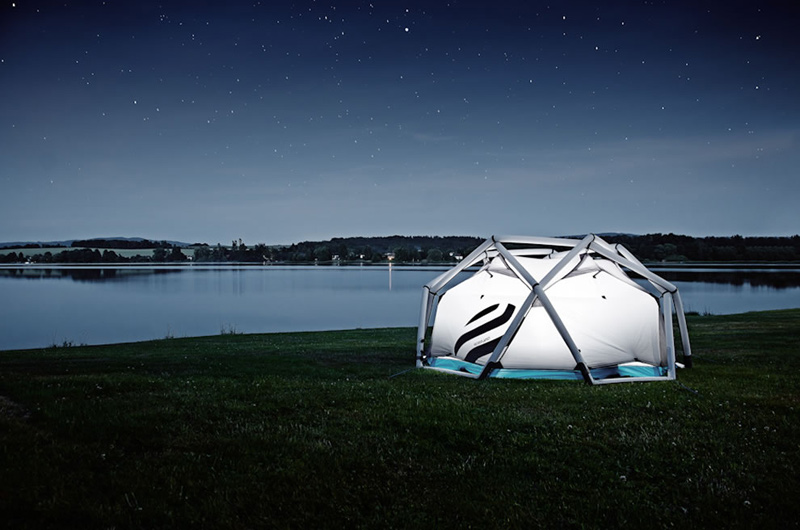 18Camping-in-the-cave-tent