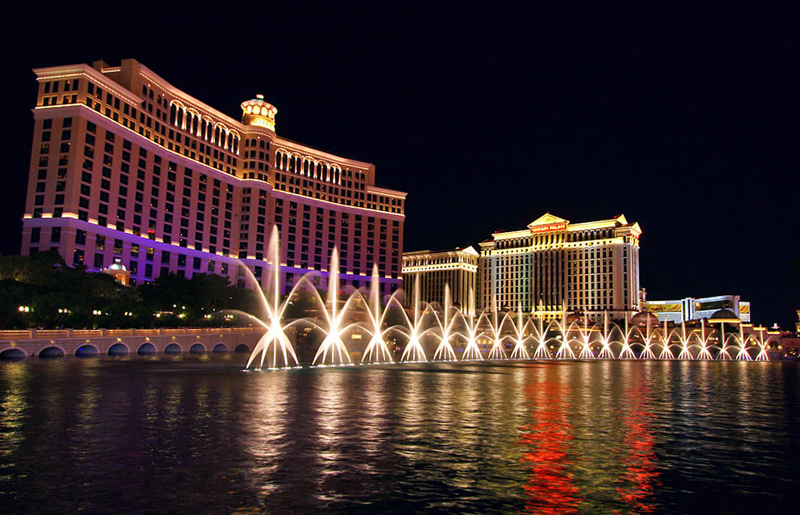 Amazing-Bellagio-Fountains