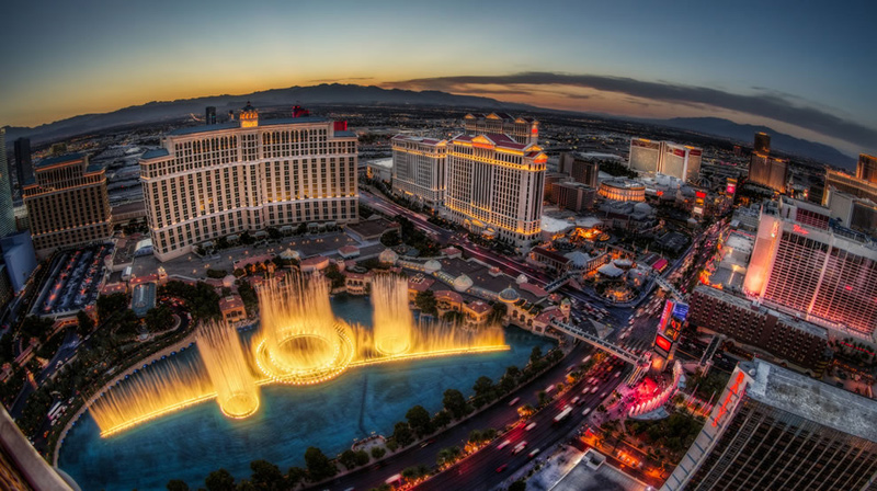 Sunset-Fountain-Show-Bellagio-Las-Vegas