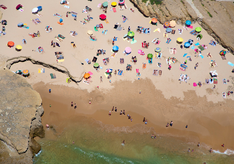 lisbon-rocky-beach