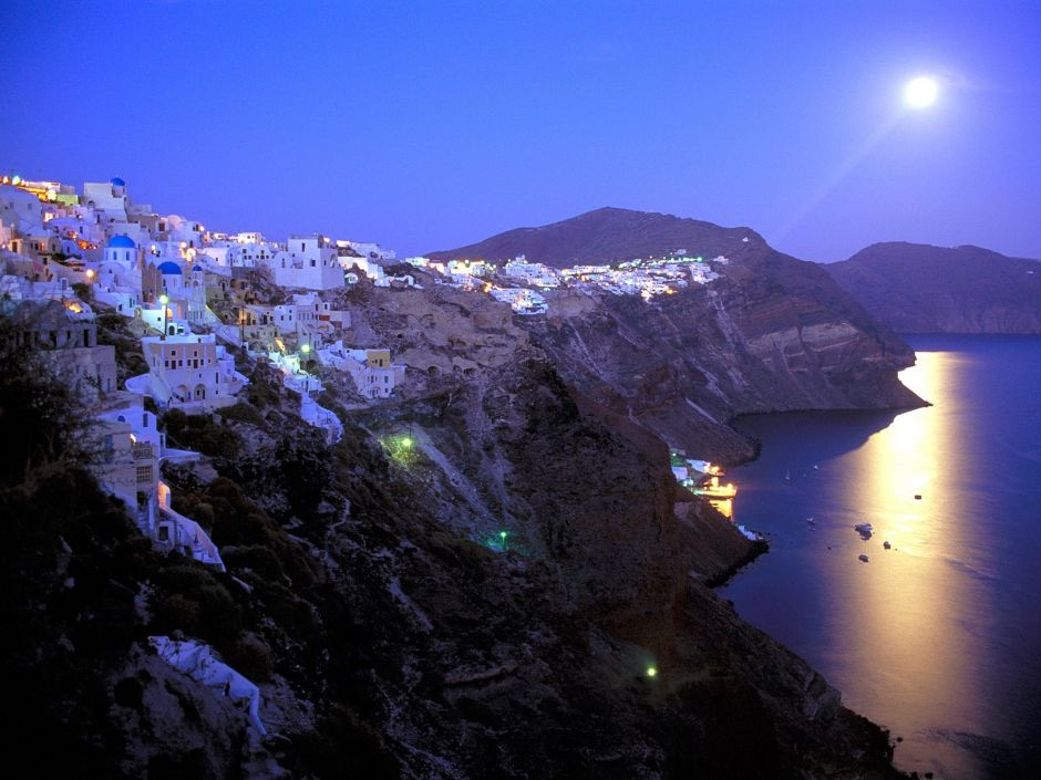 Oia-Santorini-11