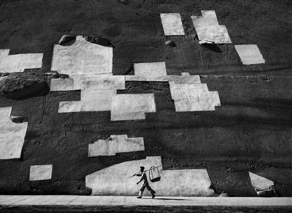 Street+Scenes+of+Hong+Kong+in+the+1950s+2