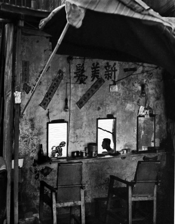 Street+Scenes+of+Hong+Kong+in+the+1950s+6
