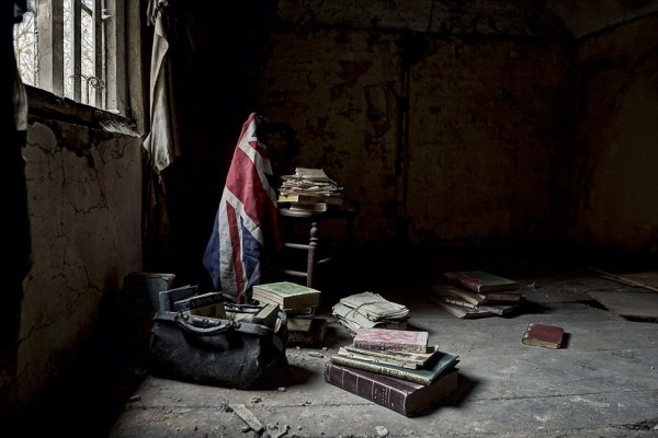 doctors-abandoned-mansion-18