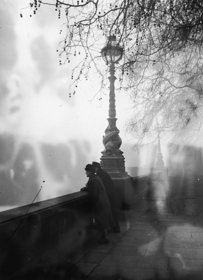 haunting_photos_of_the_london_fog_09