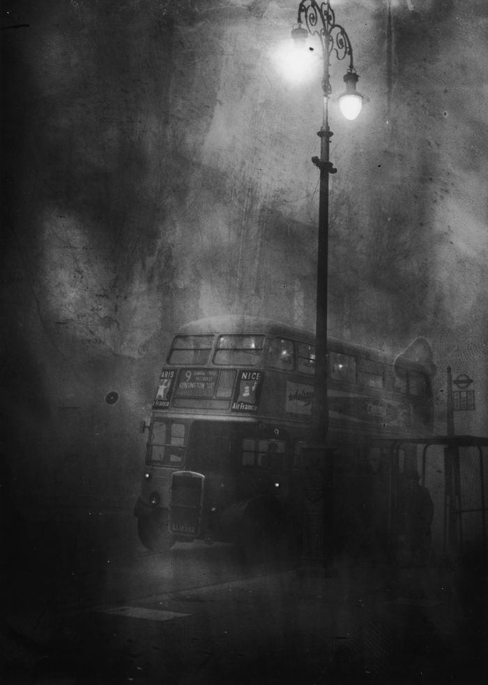 haunting_photos_of_the_london_fog_12