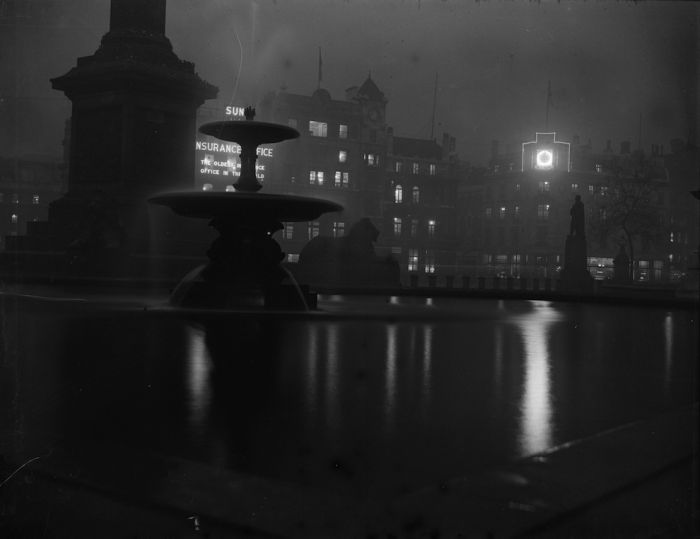 haunting_photos_of_the_london_fog_20
