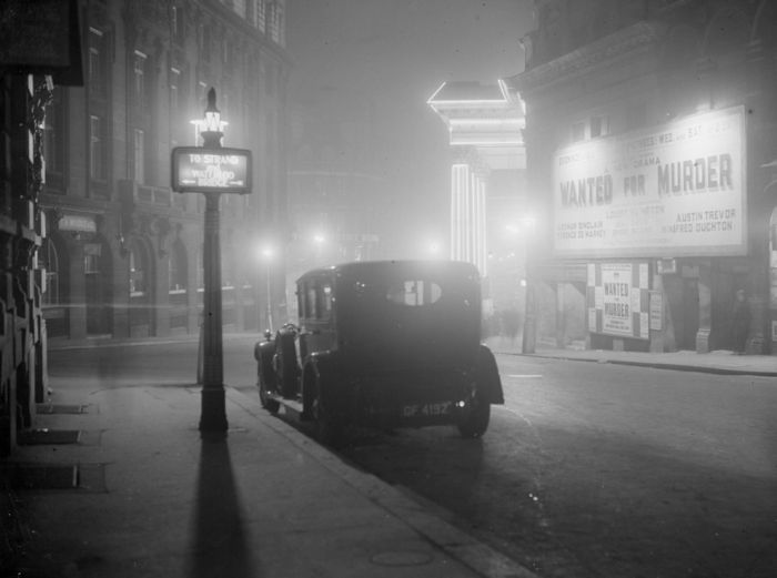 haunting_photos_of_the_london_fog_21