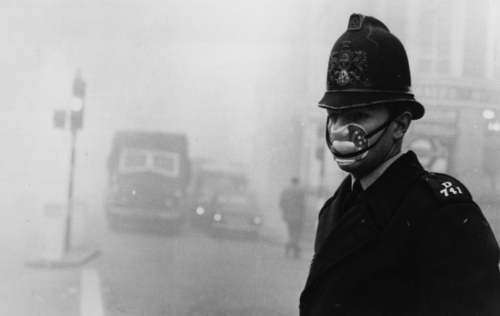 haunting_photos_of_the_london_fog_25