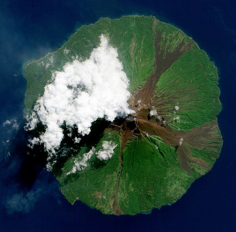 manam-volcano-papua-new-guinea-from-space-aerial-nasa