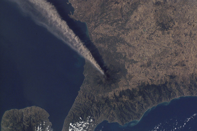 mt-etna-sicily-italy-volcano-from-space-aerial-nasa