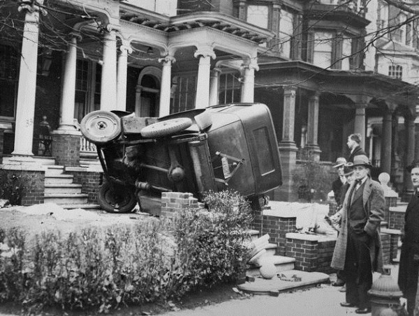 vintage-car-accidents-2
