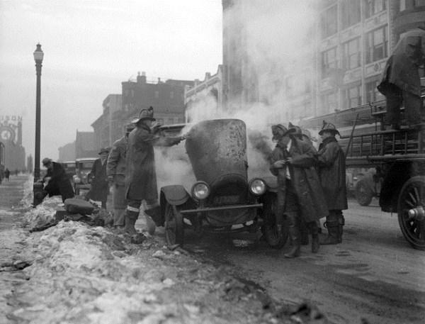 vintage-car-accidents-421