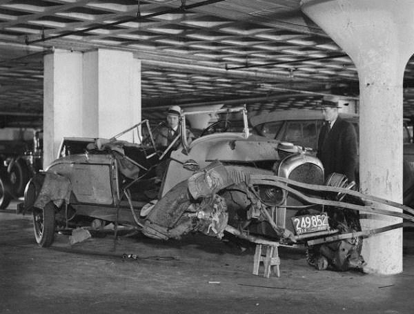 vintage-car-accidents-81