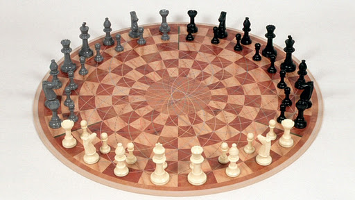3players chessset1