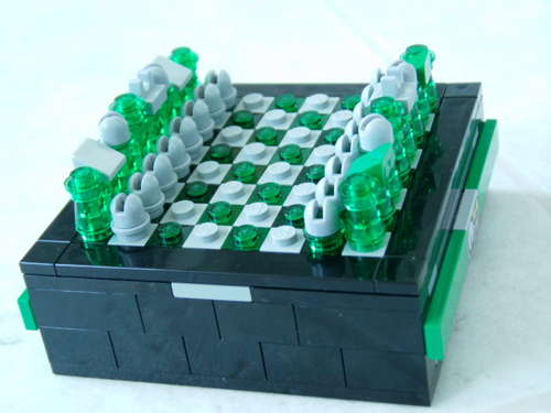 Put-It-Togetherlego chess pocket1