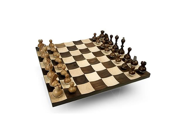Wobble chess set 2