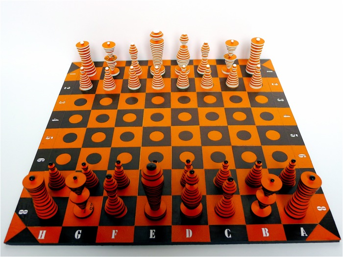 cardboard orange chessset1