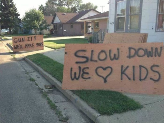 funniest_signs_from_this_summer_25