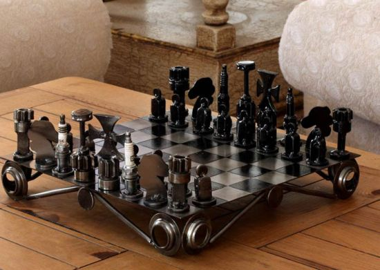 recycled-chess-set1