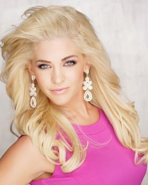 Miss Kansas: Theresa Vail, 22
