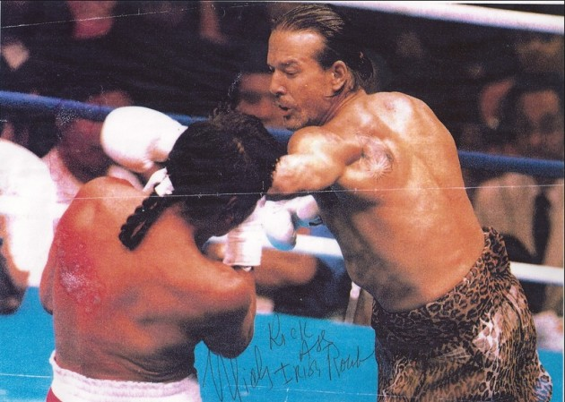 Mickey-Rourke-boxing-6...