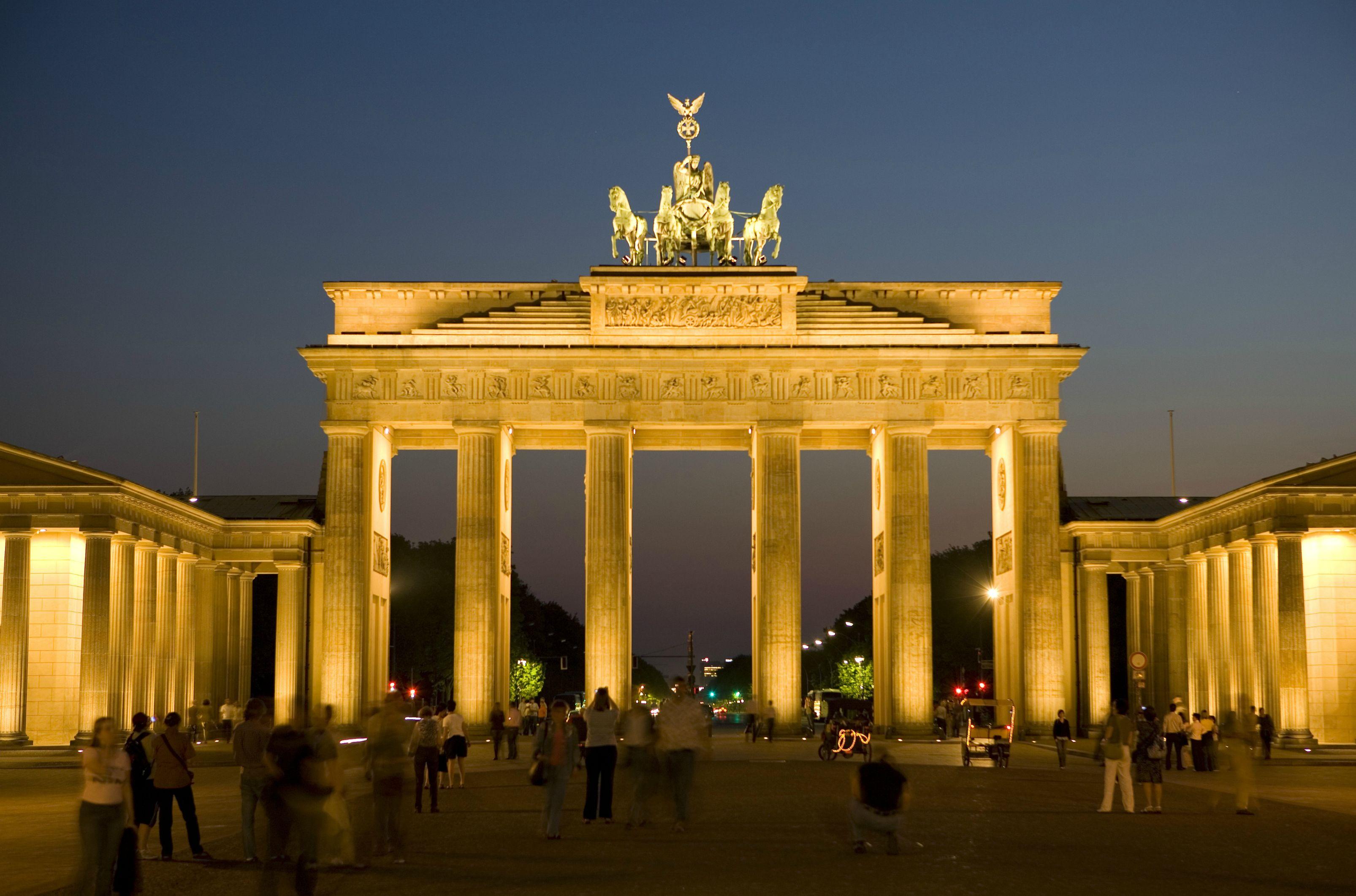 Brandenburg-Gate-1