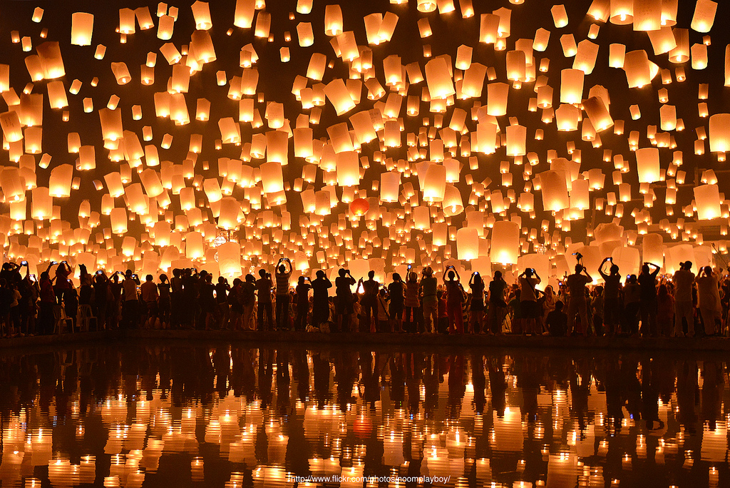 The Stunning Floating Lantern Festival In Thailand That You Must See Before You Die Memolition
