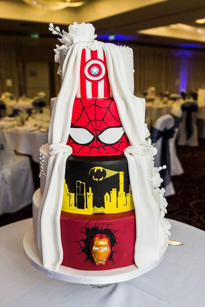 wedding-cake-marvel-superheroes-dc-comics-tier-by-tier-2