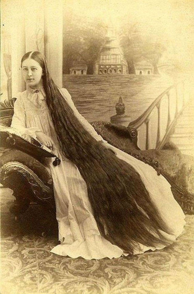 Woman With Unbelievably Long Hair On Victorian Era Photos - 11 Year Old Black Girl Hairstyles