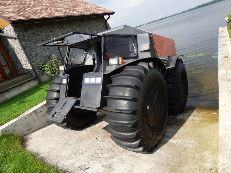 sherp-atv-russian-amphibious-truck-with-monster-wheels-10