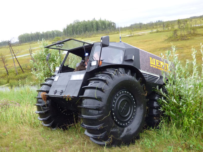 sherp-atv-russian-amphibious-truck-with-monster-wheels-2