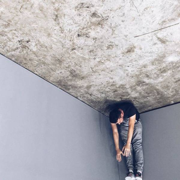 forced-perspective-technique-can-be-used-to-create-surreal-images-11