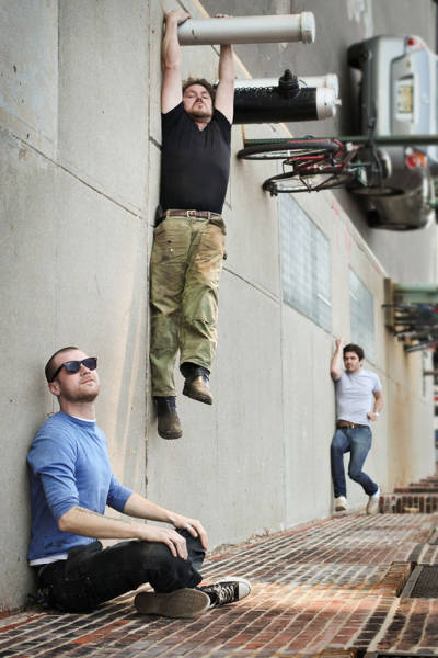forced-perspective-technique-can-be-used-to-create-surreal-images-35