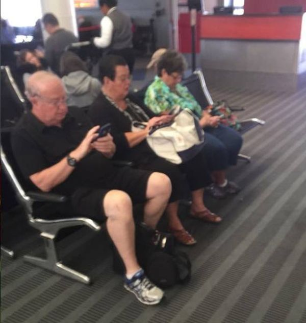 proof-that-young-people-arent-the-only-ones-addicted-to-technology-1