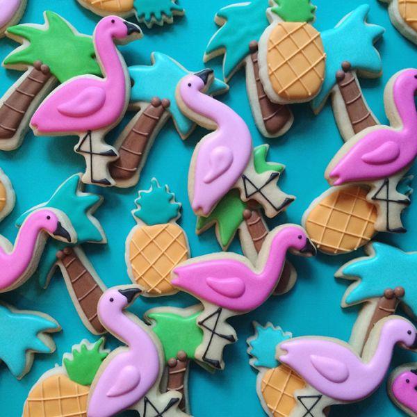 graphic-designer-makes-custom-cookies-holly-fox-design-43-572da30a691b3__700