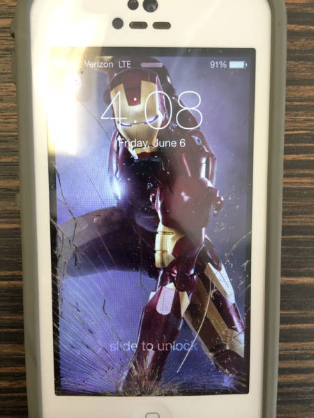 cracked_phone_screen_06