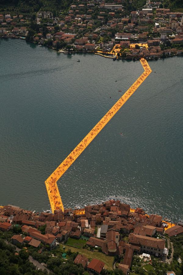 christo-and-jeanne-claude-floating-piers-lake-iseo-italy-21