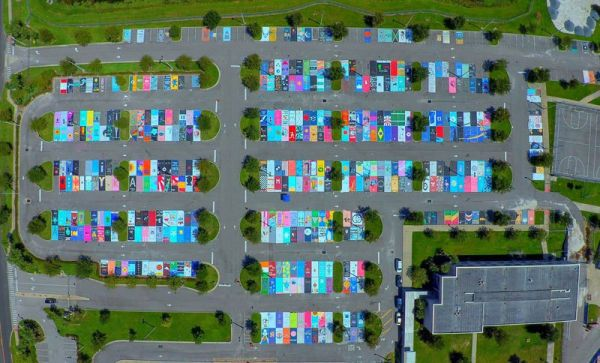 high-schools-let-their-seniors-paint-their-parking-spots-23